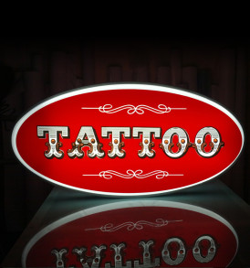 Projecting-light-box-50x100-tattoo